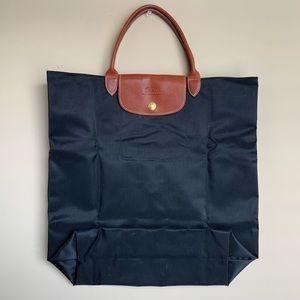 NWOT Longchamp Large Le Modele Black Tote Bag